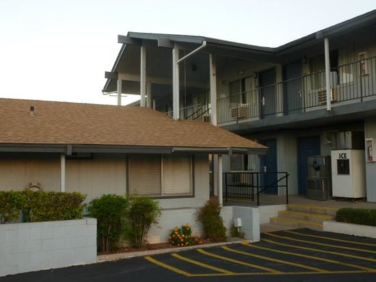 Knights Inn St. George North: Two Story Strip Motel with exterior room doors
