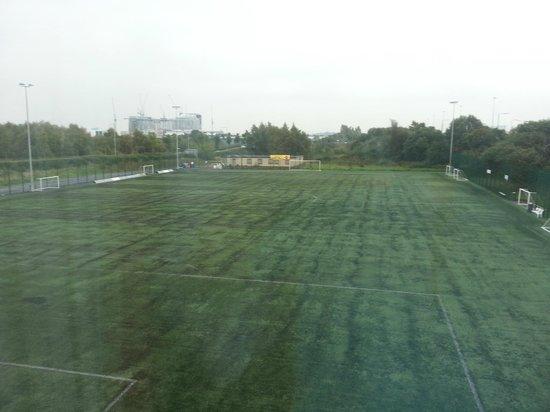 Campanile Glasgow Airport: Sir Alex Ferguson park