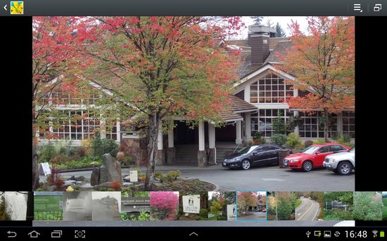 Salish Lodge & Spa: front view