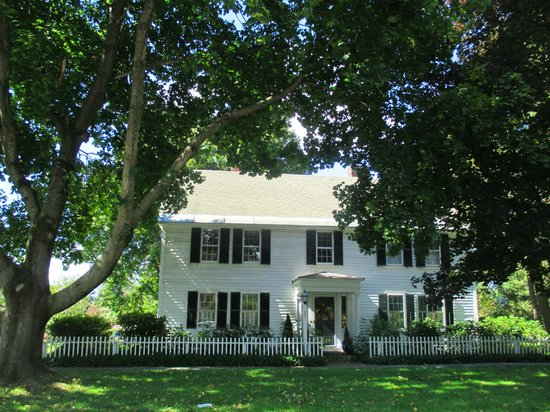 Historic Deerfield: Another historic home