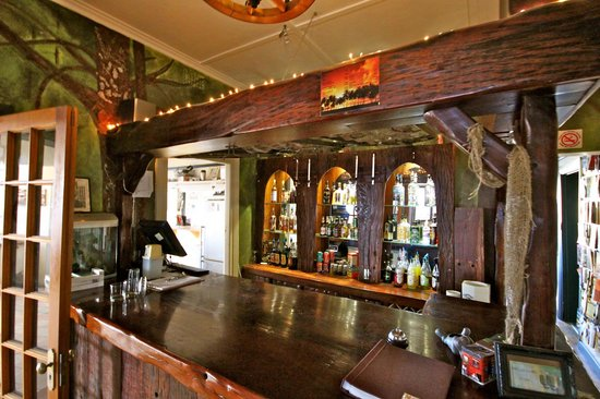 Mossel Bay Backpackers: Bar