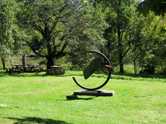 Chesterwood Museum : Example of Modern Art On The Grounds