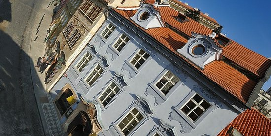At the Golden Horseshoe - U Zlate Podkovy: Facade