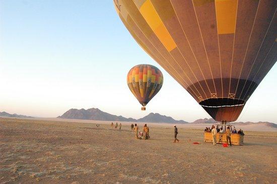Namib Sky Balloon Safaris: boarding