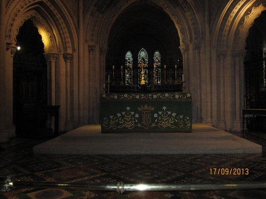 Christ Church Cathedral: Interior