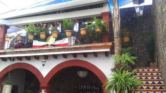 La cocina,  cafe del viajero: View of upper level dining