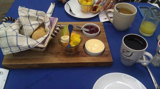 La cocina,  cafe del viajero: Fresh Fruits, Breads, jam, butter served with breakfasts