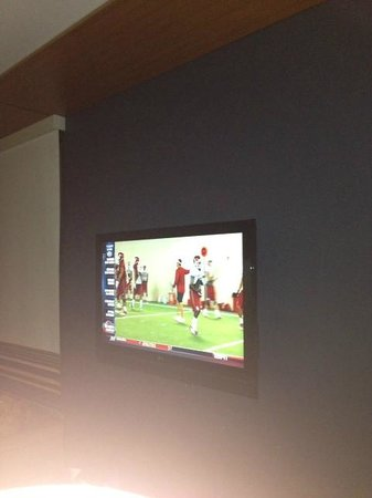 Aloft Charleston: Nice Flat screen!