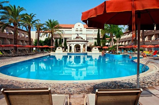 Napa Plaza Hotel: Hotellets basseng