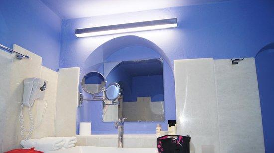 Hotel Kallisto: salle de bain