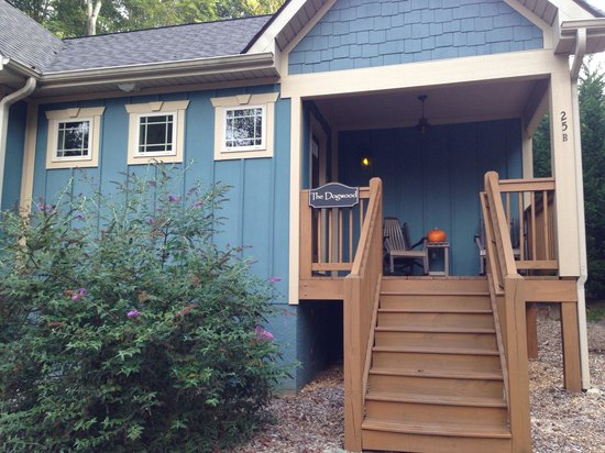 Asheville Cottages: The Dogwood
