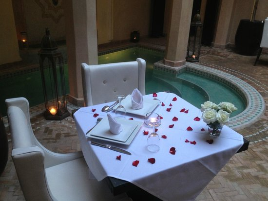 Riad Ambre et Epices : Table laid for evening meal