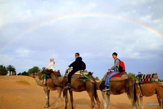 Hotel Kasbah Mohayut: riding back to the hotel (rainbow in the background!)