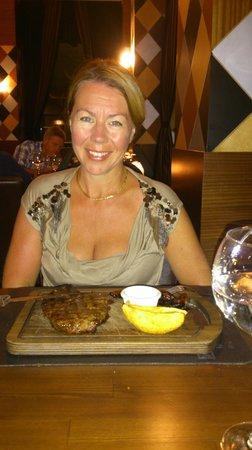 Voyage Belek Golf & Spa: Huge Steak like in America