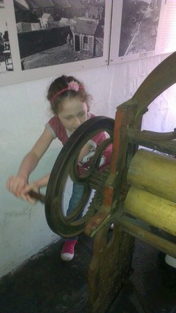 Summerlee - Museum of Scottish Industrial Life: Wringing