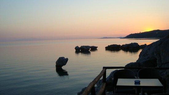Villa Stasa Sea Bar: Sunset Moments
