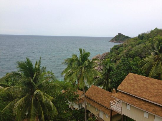 Koh Tao Hillside: Against the seadrop
