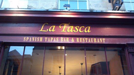 La Tasca Bath: Exellent paella & sangria!