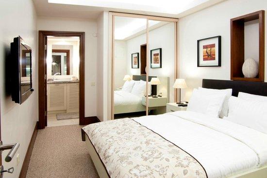 116 Residence: Bedroom