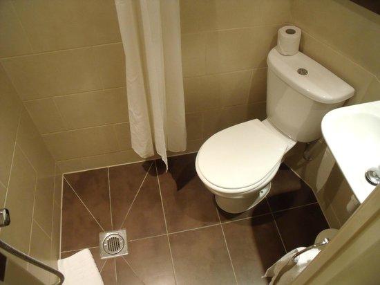 Comfort Inn London - Westminster: Baño