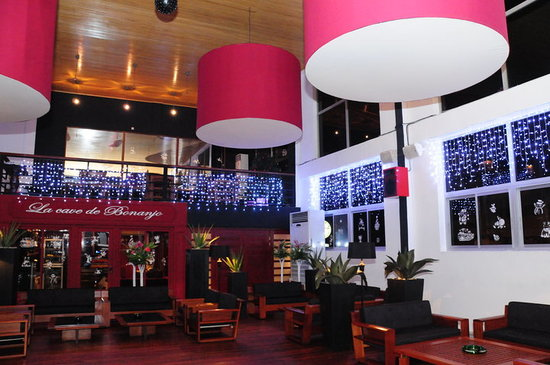 Where to Eat in Douala: The Best Restaurants and Bars