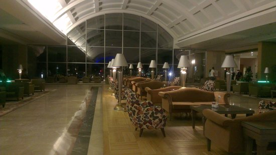 Miracle Resort Hotel: The impressive lobby