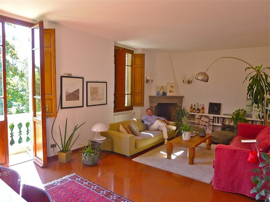 Casa di Mina: Living room in the afternoon