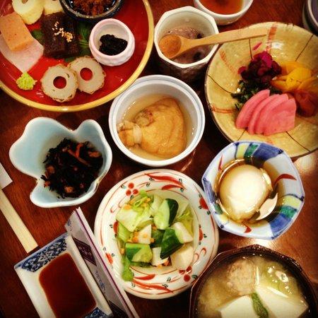 Koraku: Breakfast / 朝ご飯