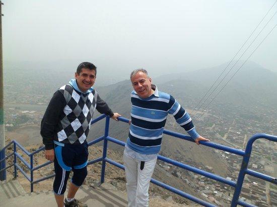 Discovering Peru: cerro san cristobal
