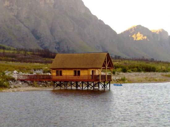 Slanghoek Mountain Resort: Platbos Log Cabins