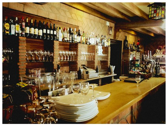 Territorio Flamenco: They have a very well stocked Cheese and Wine Cooler too.