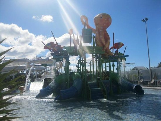 Lanzasur Club: Aqualava Water Park