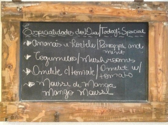 Residencial Mar e Sol: daily specials for breakfast