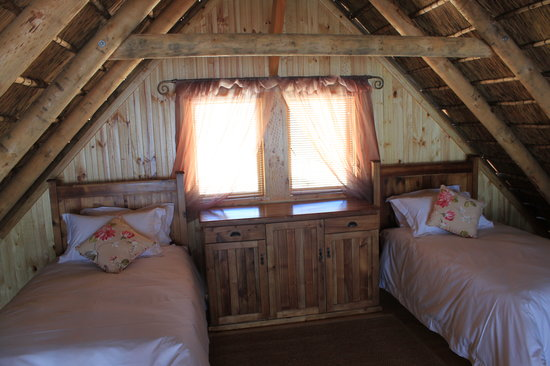 Slanghoek Mountain Resort: Log Cabins