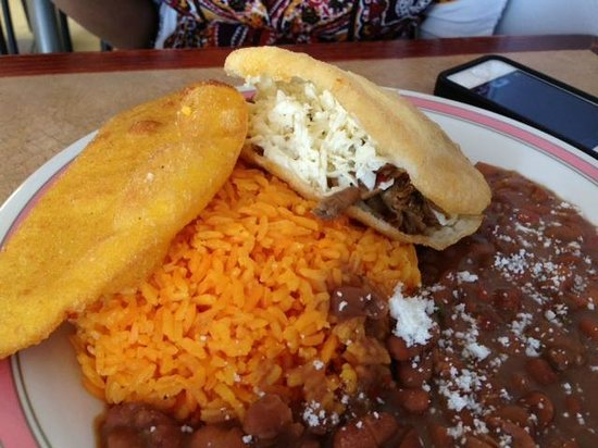 Empanada Madness Kansas City Restaurant Reviews Phone