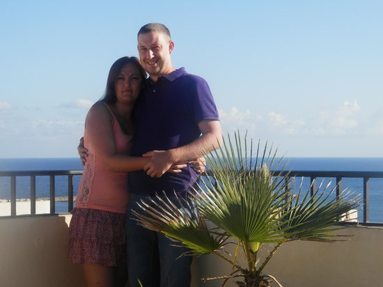 Il Palazzin Hotel: My girlfriend and I on the roof terrace.