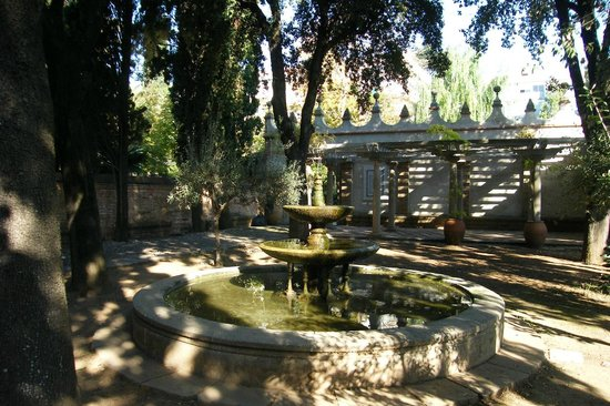 Residencia Salesiana Marti-Codolar : les jardins
