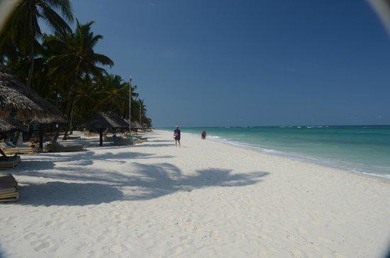 Diani Reef Beach Resort & Spa: Strand