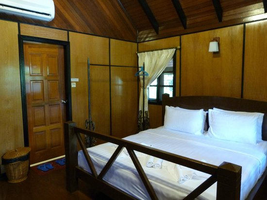 Sepilok Nature Resort: Our room - Chalet 11