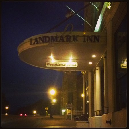 Landmark Inn: Exterior at night