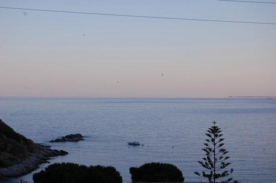 Hotel Baia Imperiale-Elba : vista dalla camera del golfo di cavoli