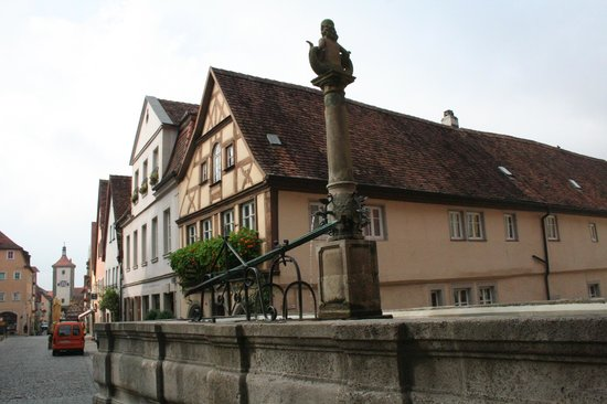 Schmiedgasse: oltre la Johanniskirche