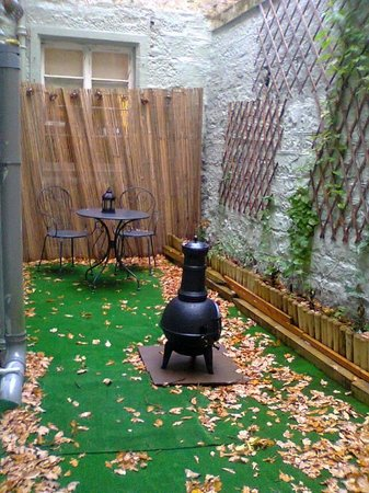 The Cluny Bank Hotel: our little garden