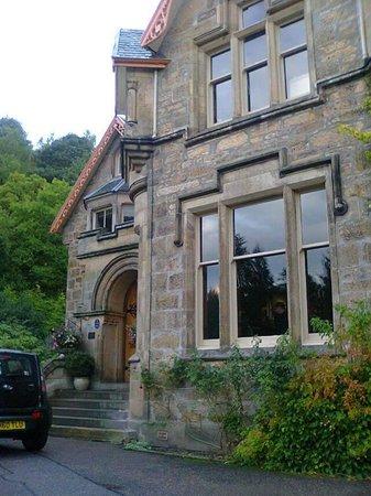 The Cluny Bank Hotel: enchanting