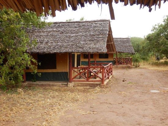 03/2013, Ndololo Camp, Tsavo East, Hauszelt