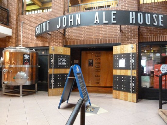 Saint John Ale House: Entrance