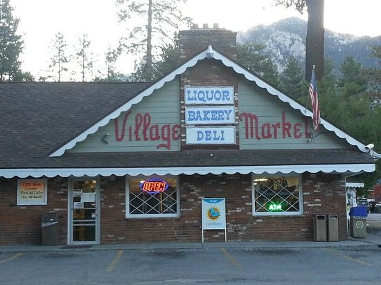 Idyllwild Village Market, Deli & Pizzeria: View of our building