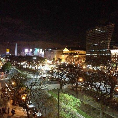 Pestana Buenos Aires Hotel: Foto que tirei da vista do quarto. Linda ne!?
