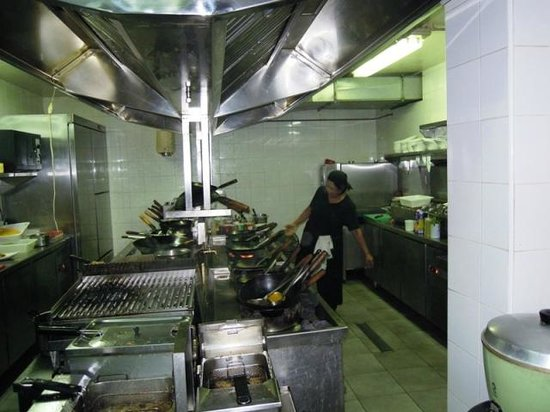 Noa Restaurant : Rebecca in Ihrem Element