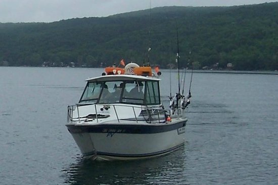 Keuka Big Foot Charters - Tours